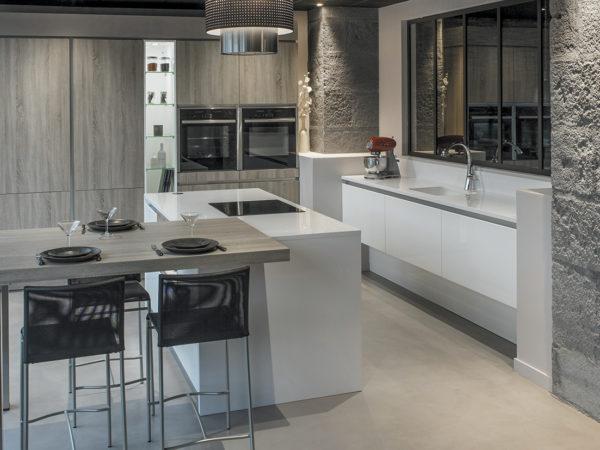 cuisine effets mati re pyram. Black Bedroom Furniture Sets. Home Design Ideas