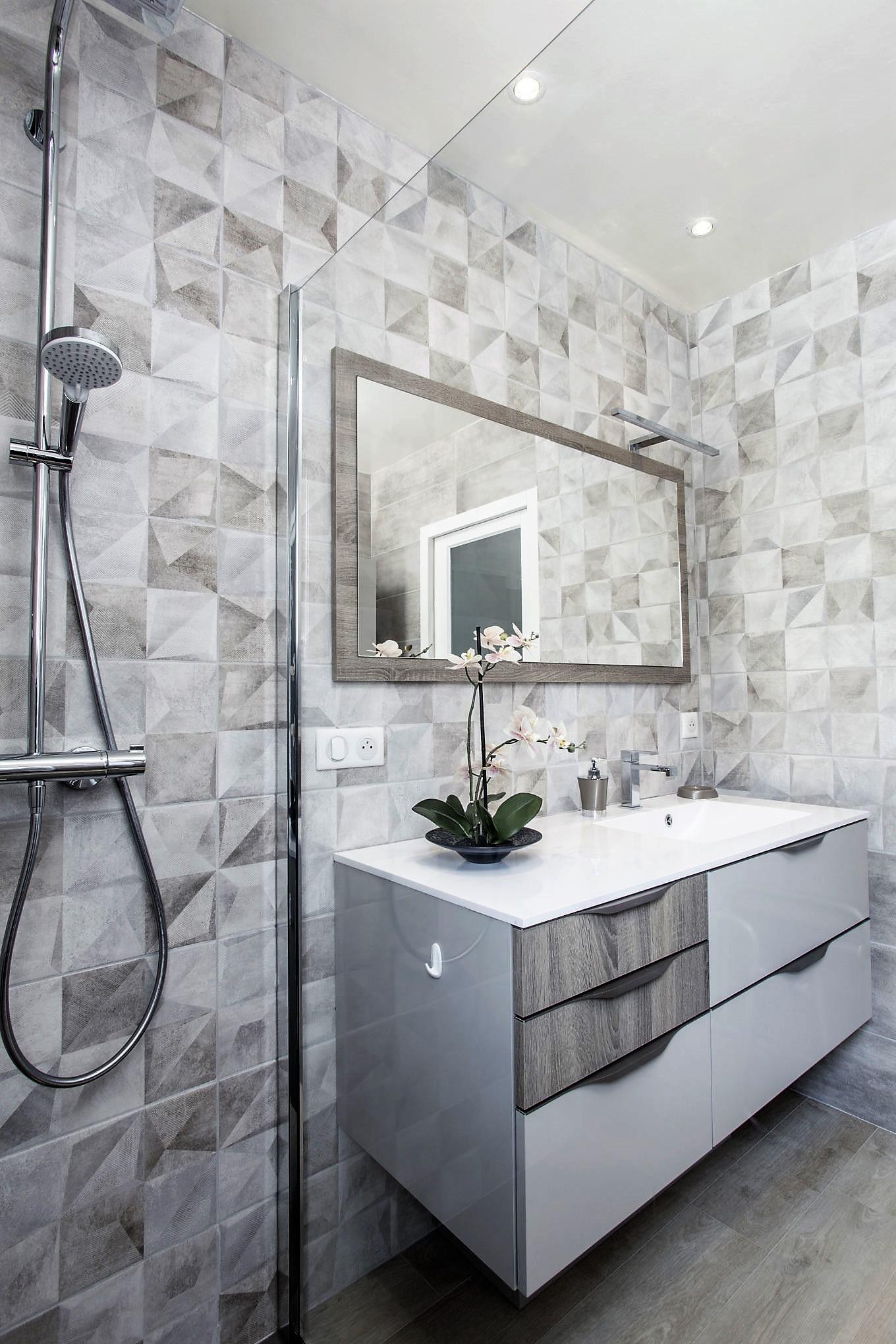 Salle de bains FUTURA MÉLAMINÉ CACHEMIRE CHENE BARDOLINO GRIS